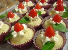 Sabe preparar cupcake salgado? Essa receita com frango desfiado e purê de batata é maravilhosa! <3  #cupcake #cupcakesalgado #aperitivo #lanche #quitute