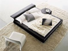 Padded Bed by Patricia Urquiola – High End Designer Furniture | Beds And Mattresses