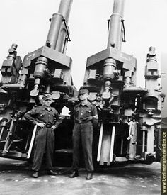 This large twin cannon that saw action on the Flakturm of Nazi Germany's largest cities is the subject of one of Takom's latest kit in a. Luftwaffe, Bunker, Torre Flak, Flak Tower, Railway Gun, Naval, Big Guns, Military Weapons, German Army