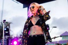 Lynn Gunn - PVRIS - Hangout Music Festival 2017