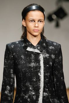 See detail photos for Proenza Schouler Fall 2015 Ready-to-Wear collection.