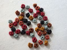 Chinese knots  AUTUMN WINTER mix 50 small Chinese by TintinBeads