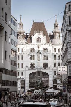 View from Lugeck street on the Regensburger Hof, Innere Stadt of Vienna (Wien), Austria