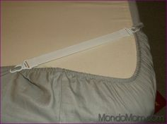 Smart Hack Use Sheet Straps To Prevent Futon Cover From Slipping Off