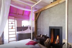 Very nice stay in country side in Holland for real lovers! - Bubble with fireplace and wellness Jacuzzi, Bed And Breakfast, Best Hotels, Holland, Oversized Mirror, Bubbles, Wellness, The Originals, Inspiration