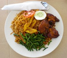 Surinamese cuisine is one of the best in the world. Because of the history of Surinam, they have a broad range of dishes from Javanese to Hindustani, and from Creole to Chinese.
