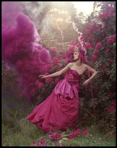 "Tim Walker, ""Stella Tennant and pink powder cloud. Eglingham Hall, Northumberland"" (©Tim Walker, Dreamscapes at The Bowes Museum)"