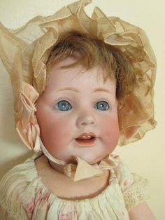 Children and Young Old Dolls, Antique Dolls, Vintage Dolls, Big Baby Dolls, Victorian Toys, Nostalgic Images, Baby Jeans, Bear Doll, Baby Sister