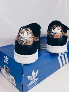 FOR SALE: Adidas Stan Smith Snake Schuhe Größe 40/41