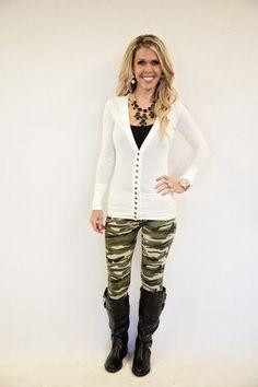 Camo Cutie 3: Leggings www.privityboutique.com #style #privityboutique #leggings #fall #aztec #leopard