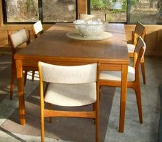 mid century site Midcentury Modern Dining Table, Mid Century Modern Furniture, Dining Tables, Madness, Mid-century Modern, Architecture Design, Kitchen, Home Decor, Dinning Room Tables