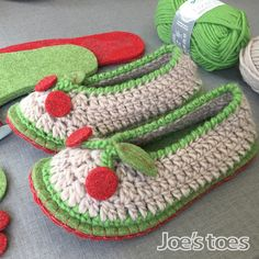 Crochet KIT for Joe's Toes Cherry Slippers UK ladies'