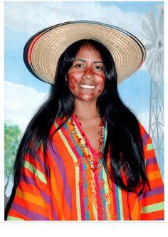 Princesa wayúu en festival de cultura en Uribia. d3fbb02bb62