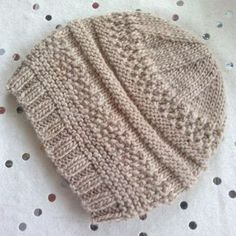 We Like Knitting: Simple Sample Hat - Free Pattern