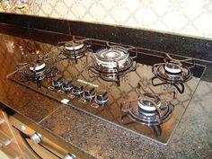 A casa da Mi: A cozinha completa! Stove, Minimalist, Kitchen Appliances, House, Kitchen Organization, Kitchen Small, Kitchen Things, Future House, Cooking Stove