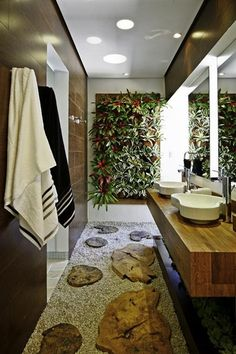 Tropical bathroom theme will work for adults and children. Tropical decor is a great way to brighten up the small bath or turn the master bathroom into a retreat. You can design a tropical bathroom for a sense of elegance,… Continue Reading → Garden Bathroom, Bathroom Plants, Bathroom Wall, Boho Bathroom, Tropical Bathroom, Tropical Decor, Natural Bathroom, Modern Bathroom, Estilo Tropical