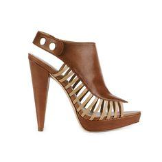 (http://www.shoppureaddiction.com/report-signature-elinor-sandal/)