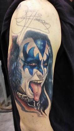 Gene Simmons - KISS by Halo - color realism portrait of Gene Simmons of KISS Kiss Tattoos, Bunny Tattoos, Body Art Tattoos, Icon Tattoo, Band Tattoo, Cool Tats, Awesome Tattoos, Off The Map Tattoo, Gene Simmons Kiss