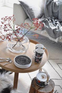 Inspiraatiota syyskattaukseen ja sisustukseen Scandinavian Interior, Modern Interior, Interior Design, Marimekko, Scandinavia Design, Muuto, Motif Design, Cottage Interiors, Nordic Design