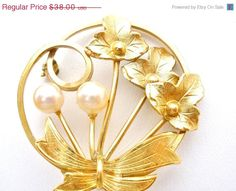 On Sale Pearl Brooch 14K Gold Filled by TheJewelryLadysStore, $31.16