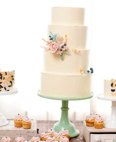Simple, but stunning.  The jade stand just brings it home!  From Nine Cakes Brooklyn.    www.ninecakes.com