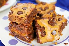 Ingredients: Serves: 16 bars Prep Time: 5 mins Total Time: 33 mins  1 Large Egg ½ cup Honey 1 cup Salted Almond Butter 1 teaspoon Vanilla Extract 1 teaspoon Baking