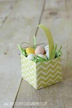 Mini Easter Baskets – Free Printable