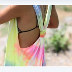turn your white tank into this @thecolorrun #PaintRace