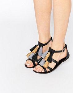280 Beste WEAR  scarpe. images on Pinterest in 2018   Accessories