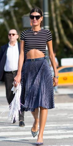 Three patterns--shirt, skirt and shoes. And she pulls it off, the amazing Giovanna Battaglia NYFW SS15