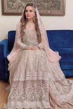 Pakistani Bridal Makeup Red, Pakistani Fashion Party Wear, Pakistani Wedding Outfits, Bridal Outfits, Bridal Makup, Bollywood Fashion, Nikkah Dress, Shadi Dresses, Wedding Lehenga Designs