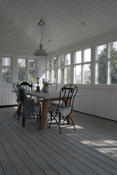 Outdoor Dining Room🍽 Norwegian House, Outdoor Dining, Own Home, Dining Room, Home And Garden, Windows, Interior Design, Al Fresco Dinner, Nest Design