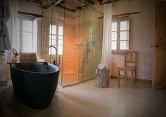 Amazing open bathroom, Monteverdi Tuscany
