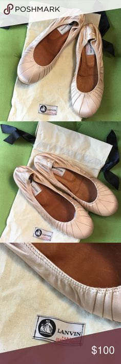 New LANVIN Satin Flats size 38 New Lanvin Flats comes with dust bag Lanvin Shoes Flats & Loafers