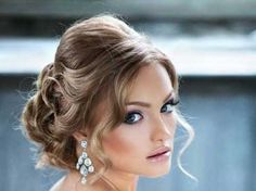 Pretty Hairstyle Ideas for Wedding