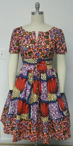 african print dresses best outfits – Page 5 of 100 – cute dresses outfits Take a look at the best african print dresses in the photos below and get… African Dresses For Women, African Print Dresses, African Print Fashion, Africa Fashion, African Attire, African Wear, African Fashion Dresses, Fashion Prints, African Prints