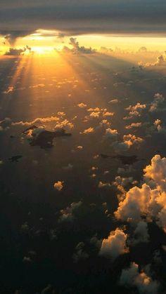 Night Sky Wallpaper, Sunset Wallpaper, Scenery Wallpaper, Wallpaper Backgrounds, Iphone Wallpaper Sky, View Wallpaper, Cloud Wallpaper, Pastel Wallpaper, Iphone Wallpaper Tumblr Aesthetic