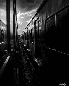 . . . . . . . . . #photography #photographer #ig_bsas #ig_contrast #moodygrams #ig_buenosaires #ig_buenosairesargentina #ig_argentina #bsas #buenosaires #photo #train #way #visual #fotografo #fotografia #streetvision #urban #urbano #urbanstyle #street #tren #contrast #agameoftones #nikon_ar #blackandwhithe #blancoynegro #b&n http://tipsrazzi.com/ipost/1505455630390850030/?code=BTkc-tqjvHu