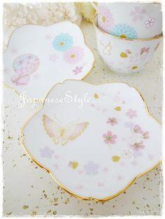 可愛すぎる♡和のティーセット Pink Aesthetic, Fine China, Pottery, Plates, Rose, Tableware, China Painting, Ceramica, Licence Plates