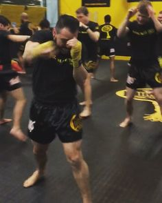 Shadowbox Saturday  tagmuaythai.com -- #tagmuaythai #muaythai #thaiboxing #muaythaitraining #martialarts #muaythailife #selfdefense #shadowboxing #fighter #MMA #gym #cardio #NoVA #smallbusinesssaturday