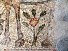 Flower detail from the Byzantine Museum, Thessaloniki, Greece. Helen Miles Mosaics
