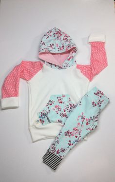 Hey, I found this really awesome Etsy listing at https://www.etsy.com/listing/471354271/baby-girl-clothes-newborn-girl-outfit