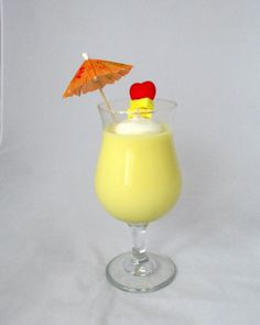 Pina Colada Candle wine glass candle scented by NorthernLitesGifts best #candle #making