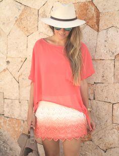 Mónica Sors crochet skirt Fashion blog Mes Voyages à Paris