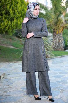 Çift Yırtmaçlı 2'li Tunik Takım Siyah Ürün Kodu: ZMN6558 --> 69.90 TL