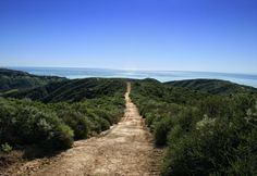 10 BELOVED ORANGE COUNTY HIKES AND BRUNCH SPOTS FOR THE PERFECT WEEKEND COMBO