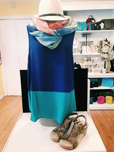 Color blocking is all the rage! Shop this look at Shoppe Five, Massanutten, VA. #Fashion #Colorblocking #Spring #Summer #Outfit