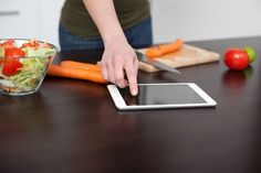 Check out Burns' blog to discover 6 free iPad apps for making healthy choices.