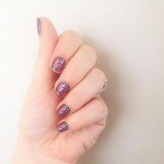 My favourite mani do far, love this. #NailWraps #butterflykissesjn #NOTD #Jamberry