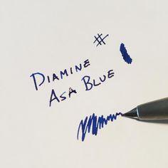 Diamine Asa Blue er et av de vakreste blekkene til Diamine - et kraftig rødskjær kommer frem når man skriver. @fountainpenday #diamineinks #fountainpenday #lamy2000 #fyllepenn #fountainpens #skrivesaker #minfyllepenn #fountainpengeeks #fpgeeks #nibs #splitt #fyllepennensdag